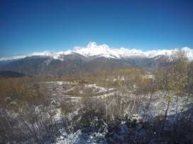 Hora Ushba 4710m.n.m., jedna z najkrajsich hor v Gruzinsku